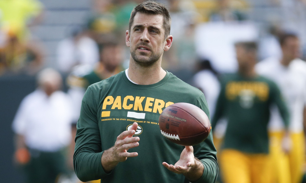 Green Bay Packers' Aaron Rodgers warms up before an NFL football game against the Cincinnati Bengals Sunday, Sept. 24, 2017, in Green Bay, Wis. (AP Photo/Mike Roemer) ORG XMIT: WIMG1